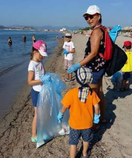 Beach cleanup sabato 28 Nika