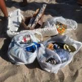 pulizia della spiaggia di Valledoria con i bambini 21 07 2018