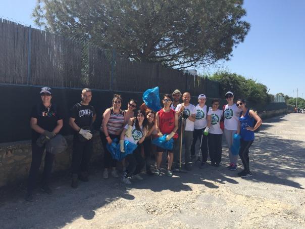 i volontari di AEGEE e Clean Coast Sardinia